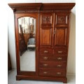 Wardrobes / showcases / buffets